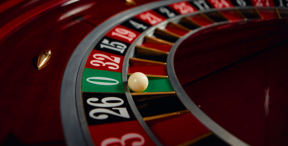 What is the difference between European Roulette and French Roulette?